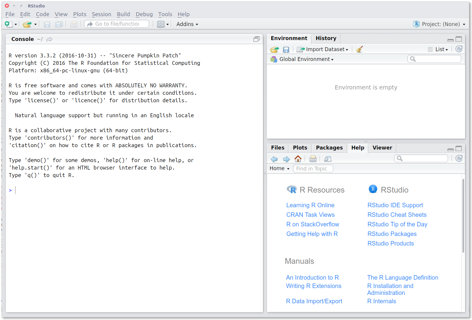 RStudio: Initial layout.